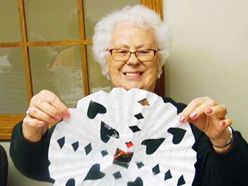 Image for Trinity Village Makes Snowflakes For January Craft